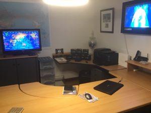Geochron in office
